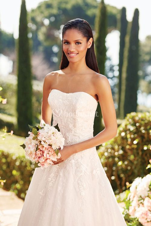 44164, Sincerity Bridal