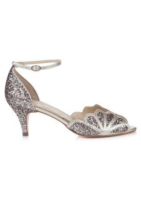 Isadora Quartz, Rachel Simpson Shoes
