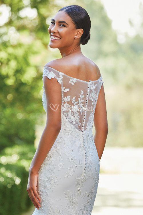 44198, Sincerity Bridal
