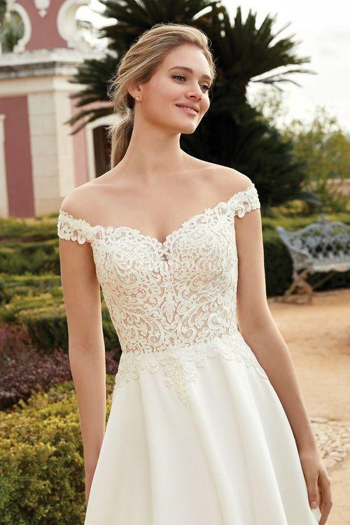 44239, Sincerity Bridal