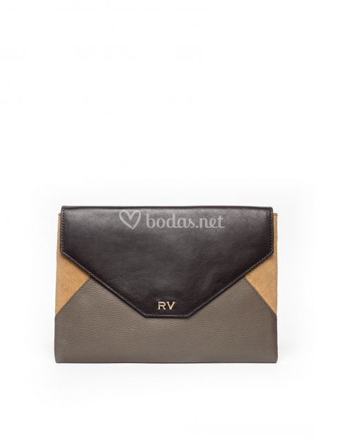 RV 01, Roberto Verino