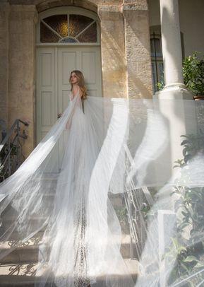 Leona, Dovita Bridal