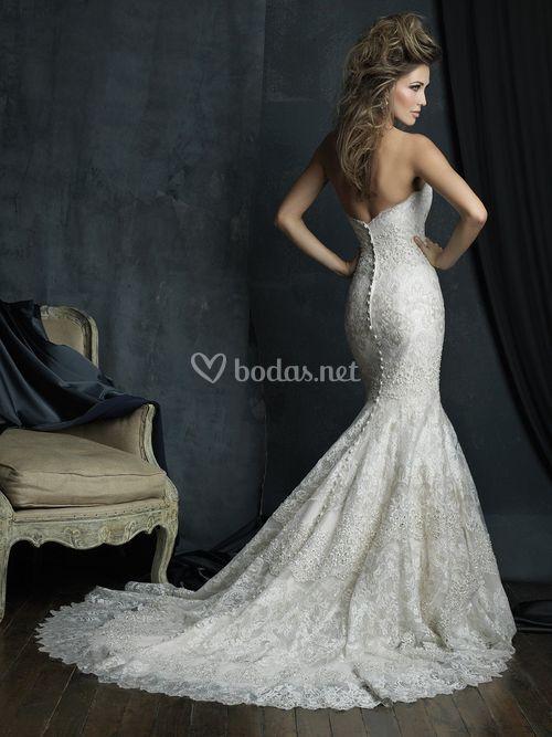 C385, Allure Bridals