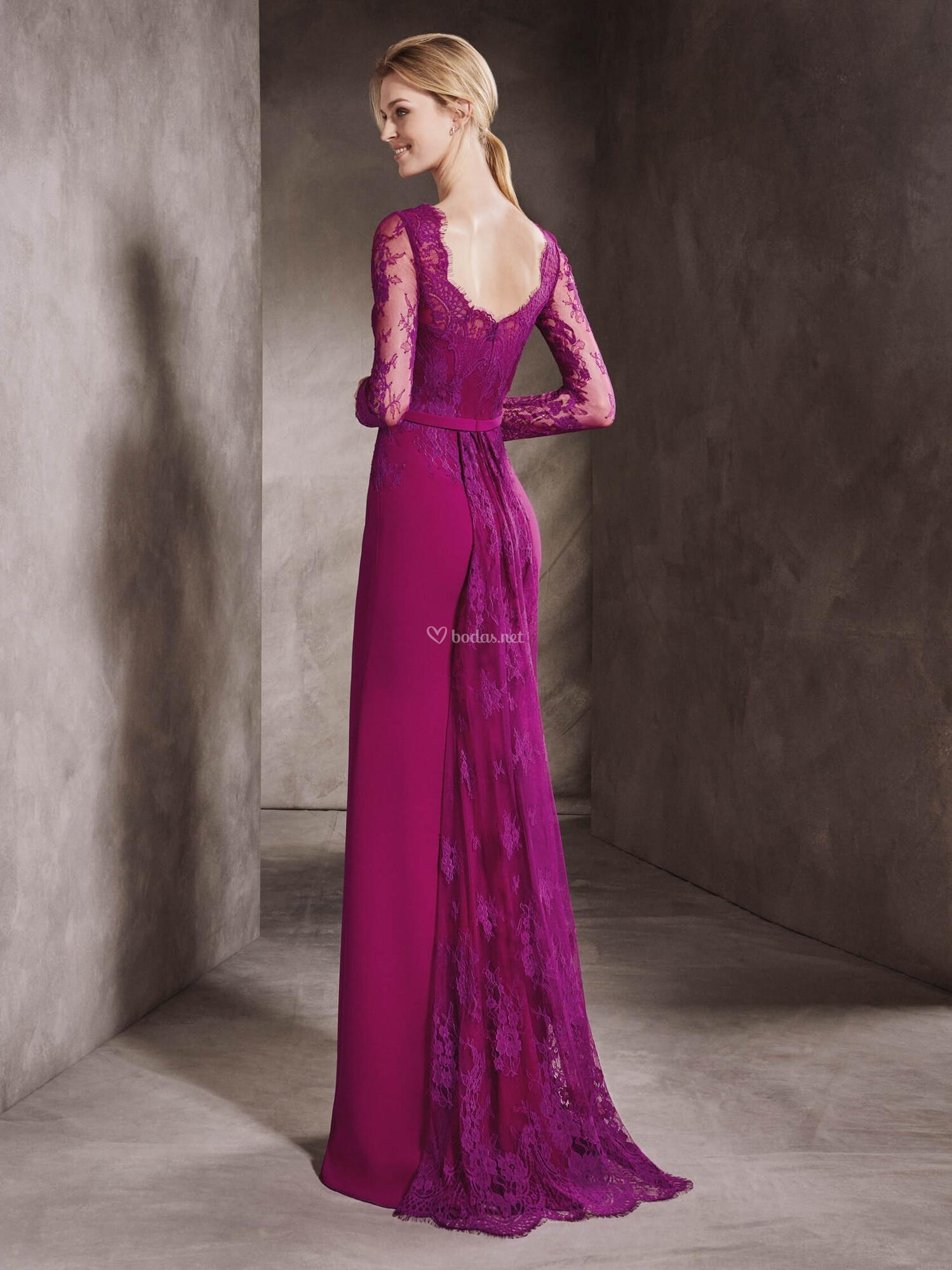 Magnífico Tiendas De Vestido De Novia Berkshire Adorno - Vestido de ...