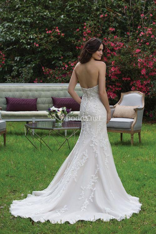 3967, Sincerity Bridal