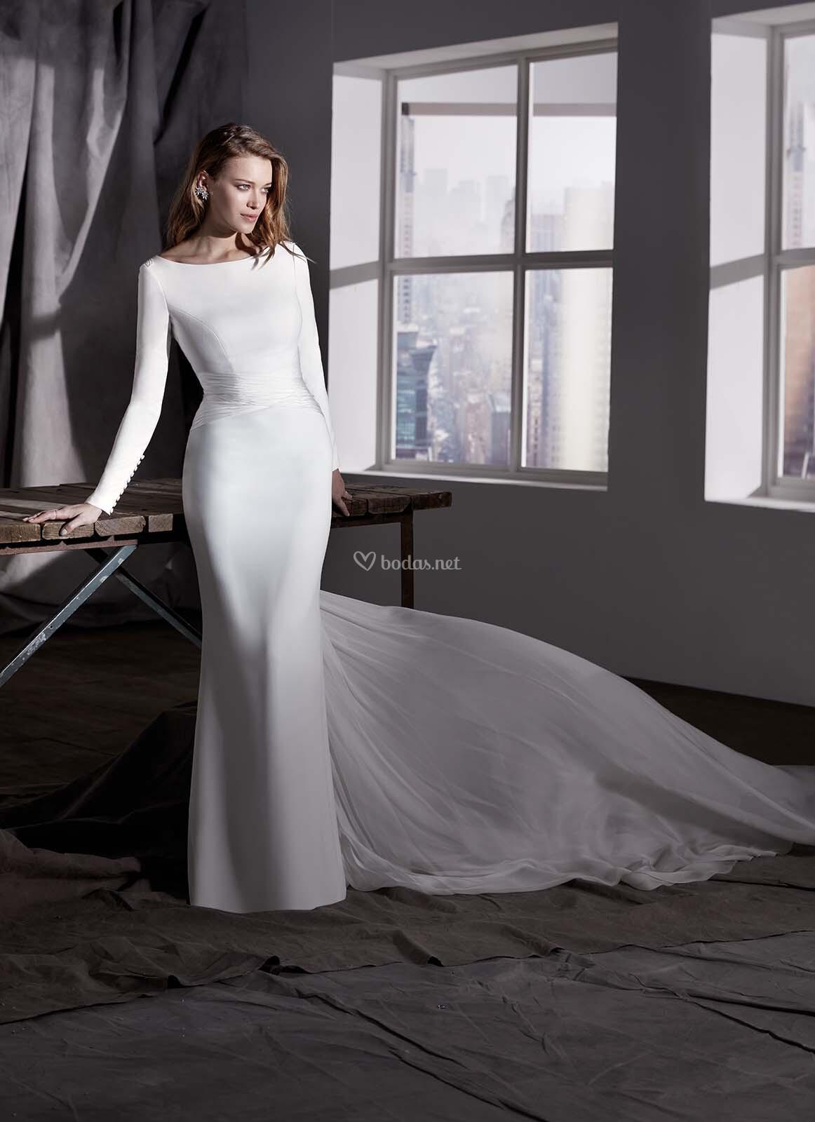 54960ff62 Vestido de Novia de Valerio Luna - AZALEA