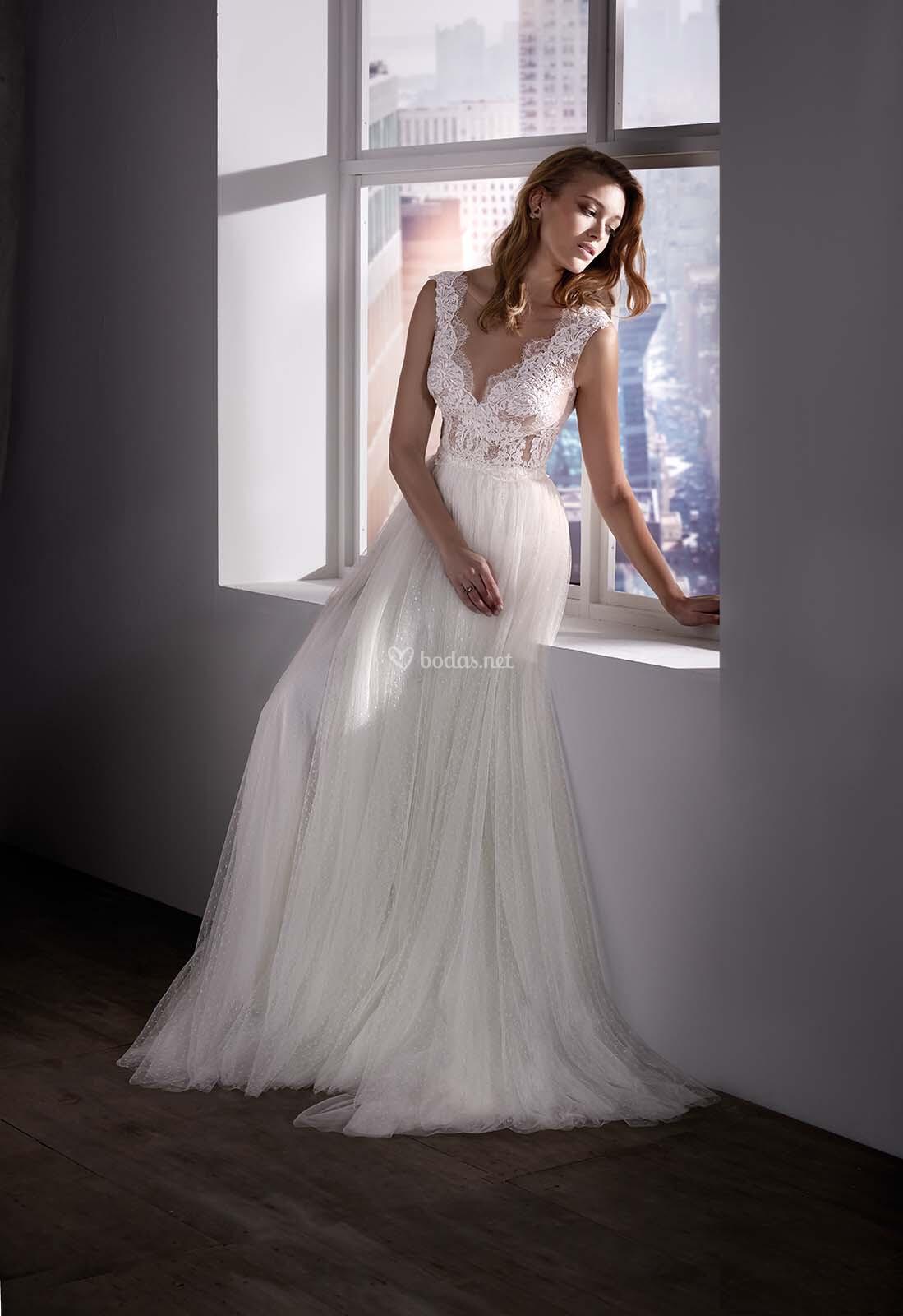 5ac714eac Vestido de Novia de Valerio Luna - AMALIA