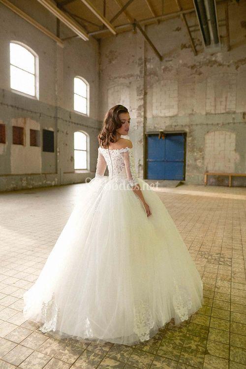 Sheratan, Crystalline Bridals