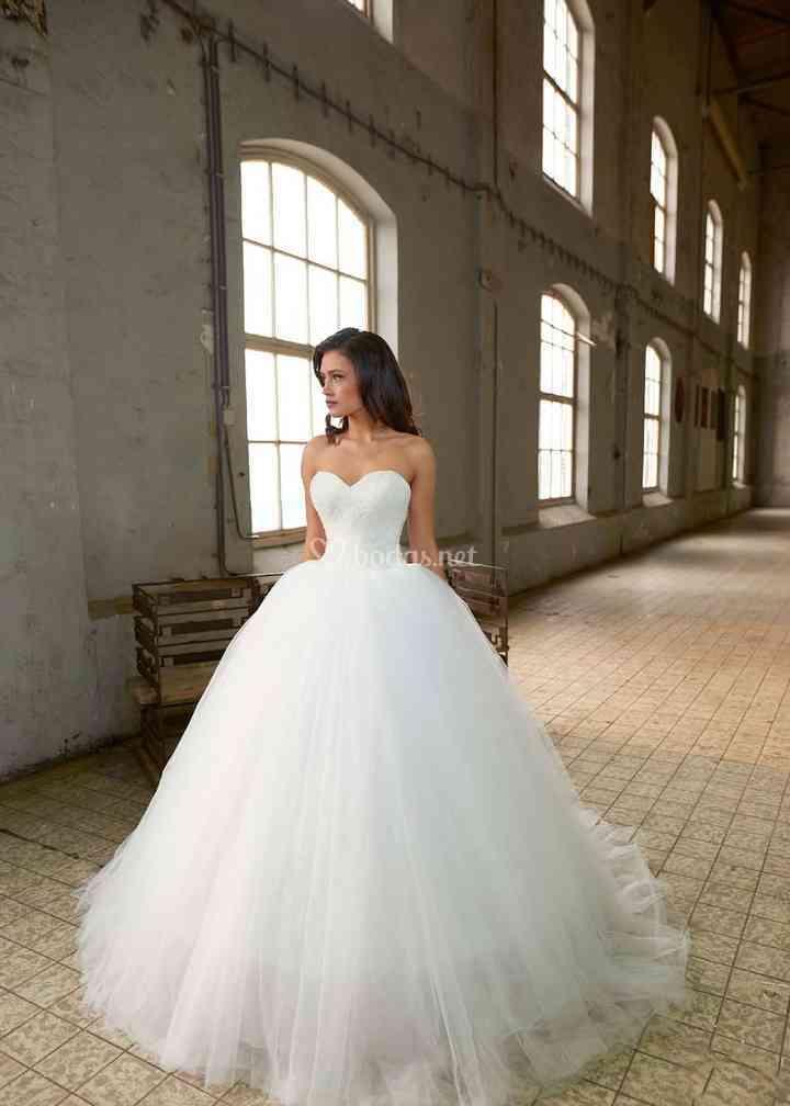 Adara, Crystalline Bridals