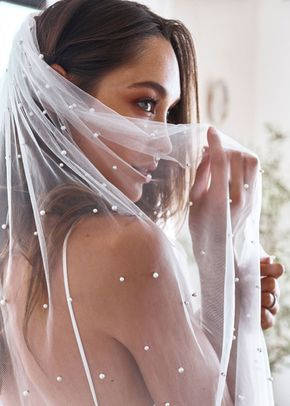 pearly long veil, 306