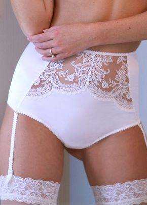 Fee Suspender Brief White, Agent Provocateur