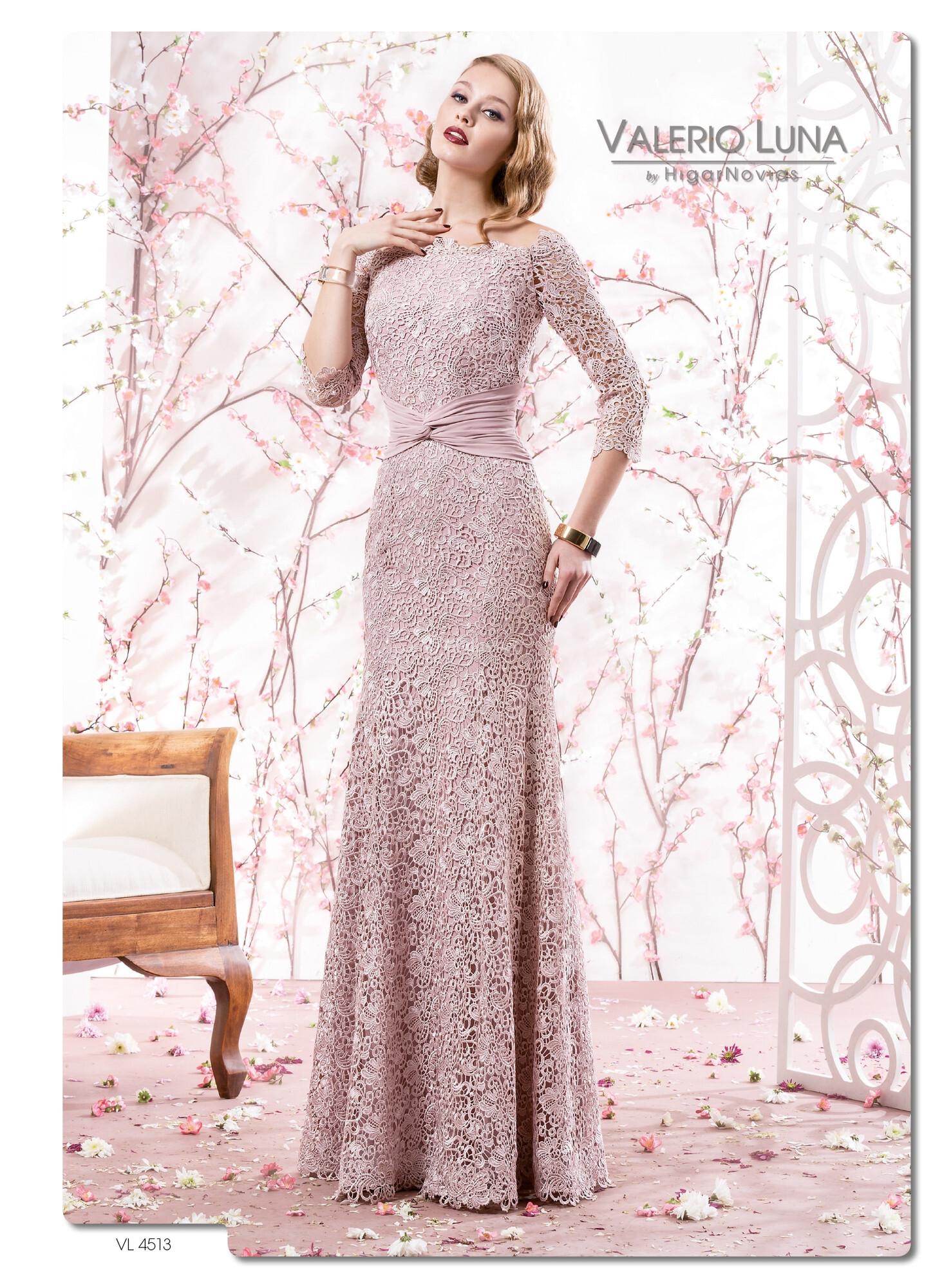 9eab74e41 Prendas de vestir exteriores de todos los tiempos  Vestidos madrina ...