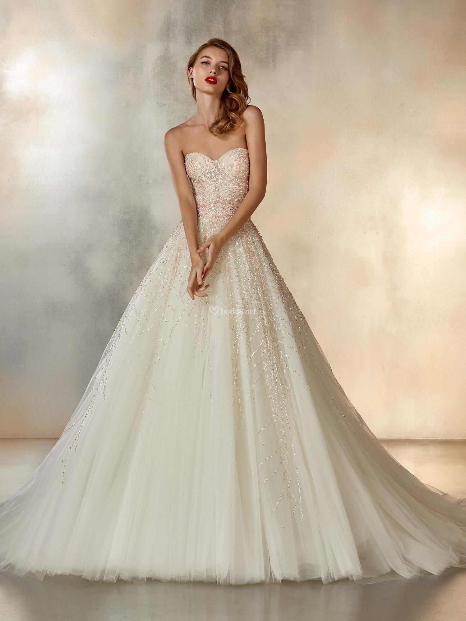 423aae12e Vestidos de Novia Corte Princesa - Bodas.net