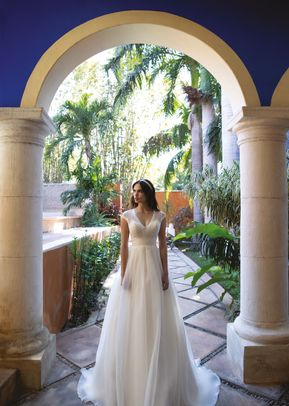 BM109, Boheme from Mikonos By The Sposa Group Italia