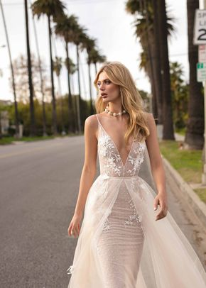 CLAIRE, Muse by Berta