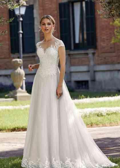 44144, Sincerity Bridal