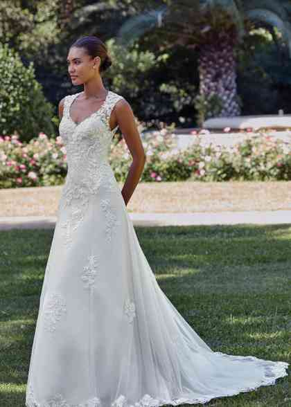 44150, Sincerity Bridal