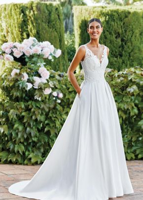 44110, Sincerity Bridal
