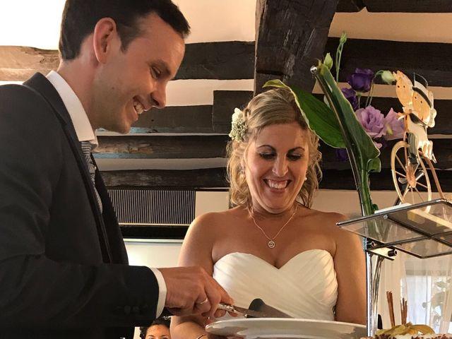 La boda de Zuriñe  y Josu