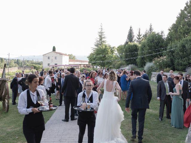 La boda de Josu y Miriam en Santa Gadea Del Cid, Burgos 17