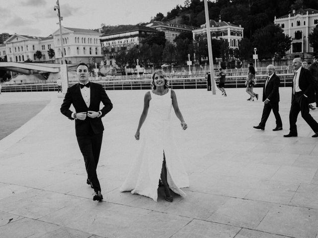 La boda de Ivan y Tania en Bilbao, Vizcaya 19