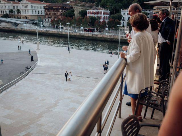 La boda de Ivan y Tania en Bilbao, Vizcaya 20