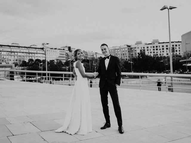 La boda de Ivan y Tania en Bilbao, Vizcaya 23