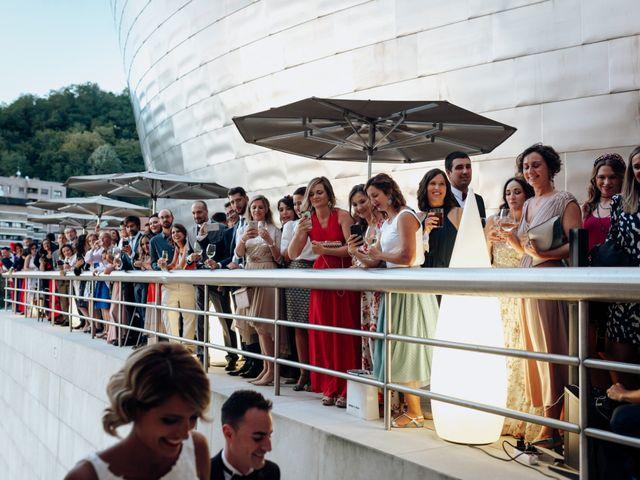 La boda de Ivan y Tania en Bilbao, Vizcaya 25