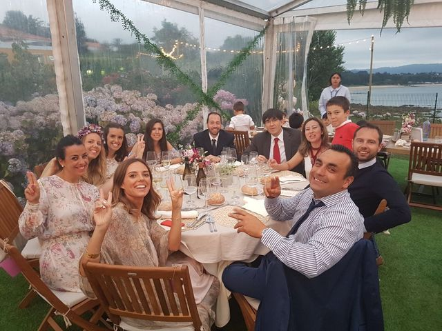 La boda de Lionell y Isabel en Ares (Pontedeume), A Coruña 25