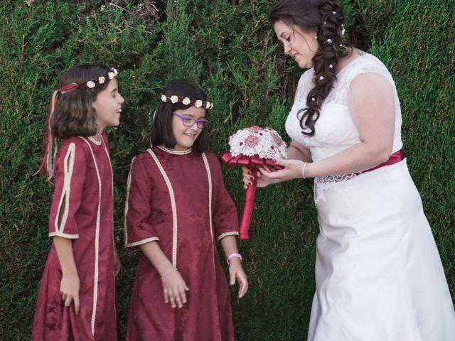 La boda de Emiliano y Carmen en Almodovar Del Rio, Córdoba 3