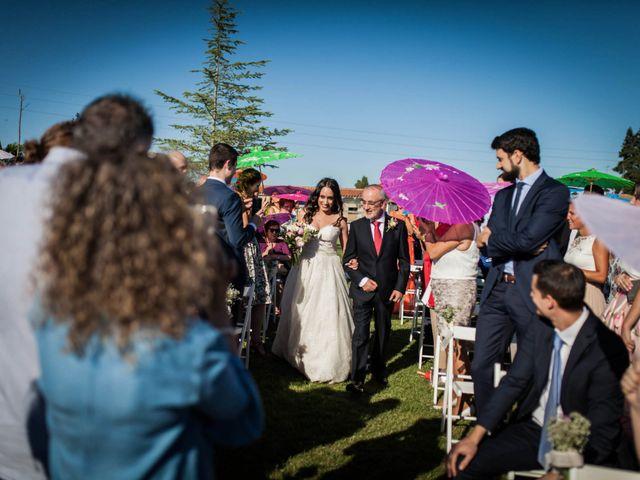 La boda de Albert y María en Villar De Los Alamos, Salamanca 74