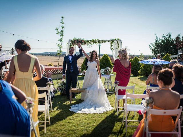 La boda de Albert y María en Villar De Los Alamos, Salamanca 78