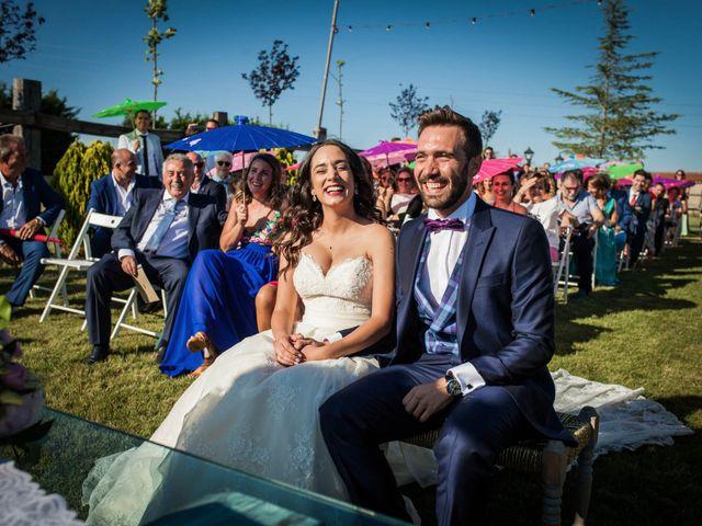 La boda de Albert y María en Villar De Los Alamos, Salamanca 84