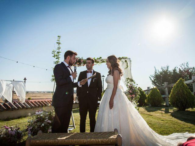 La boda de Albert y María en Villar De Los Alamos, Salamanca 102