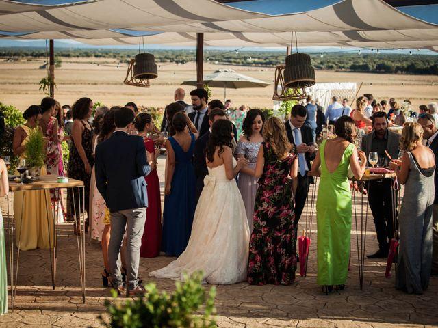 La boda de Albert y María en Villar De Los Alamos, Salamanca 132