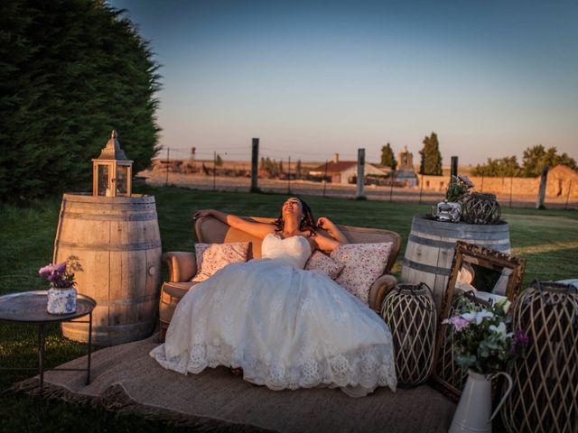 La boda de Albert y María en Villar De Los Alamos, Salamanca 150