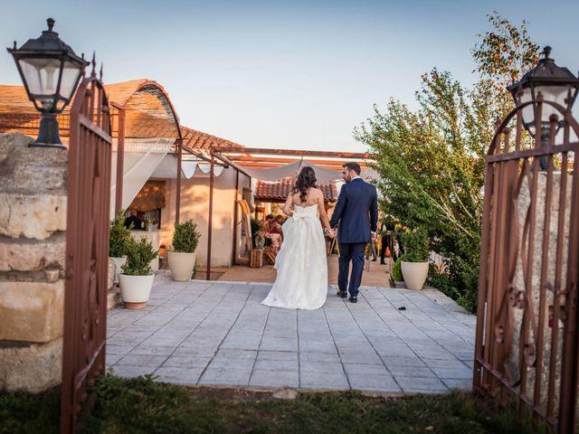 La boda de Albert y María en Villar De Los Alamos, Salamanca 160