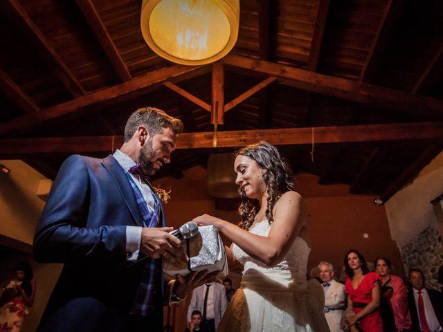 La boda de Albert y María en Villar De Los Alamos, Salamanca 187
