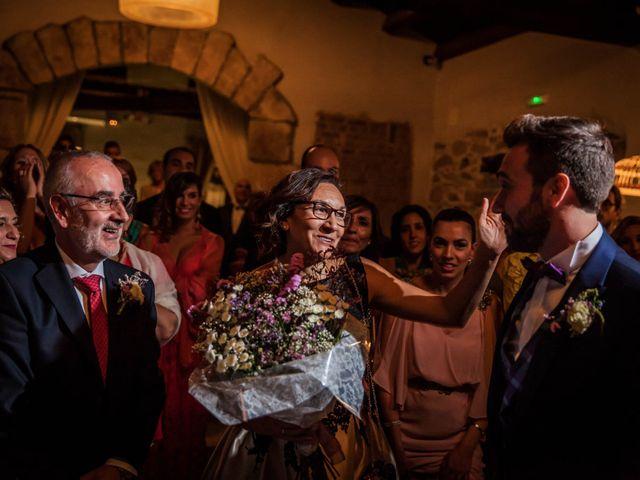 La boda de Albert y María en Villar De Los Alamos, Salamanca 189
