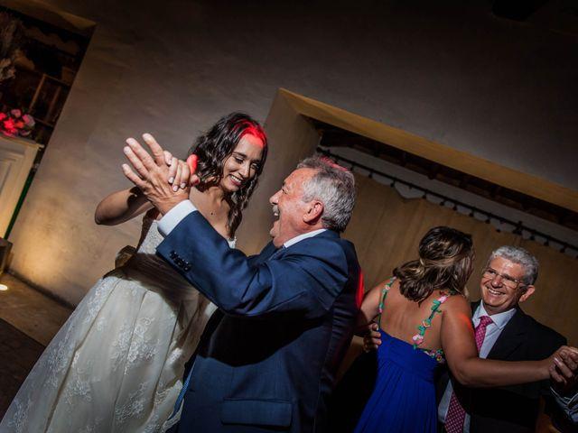 La boda de Albert y María en Villar De Los Alamos, Salamanca 203
