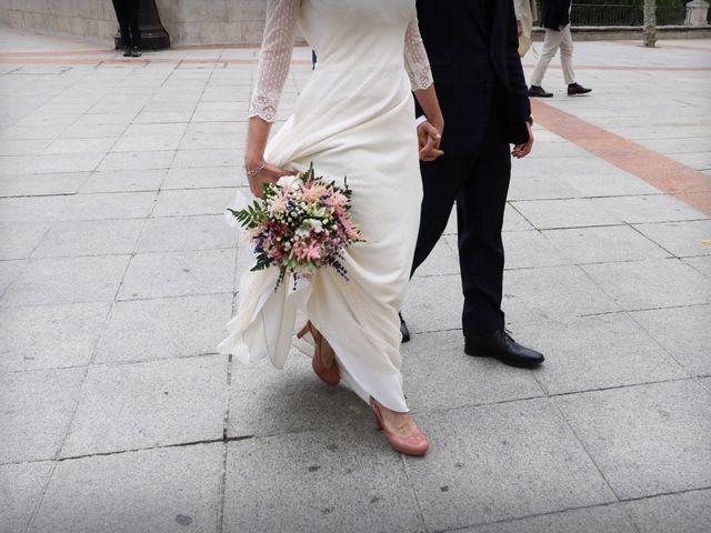 La boda de Antonio y Sandra en Burgos, Burgos 33
