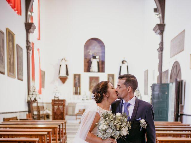 La boda de Dioni y Yasmi en San Cristóbal de La Laguna, Santa Cruz de Tenerife 29
