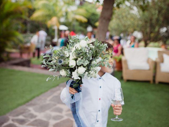 La boda de Dioni y Yasmi en San Cristóbal de La Laguna, Santa Cruz de Tenerife 58