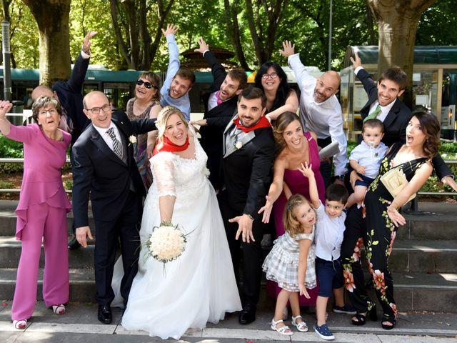 La boda de David y Edurne en Pamplona, Navarra 9