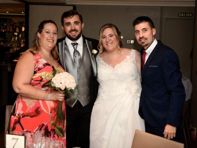 La boda de David y Edurne en Pamplona, Navarra 19