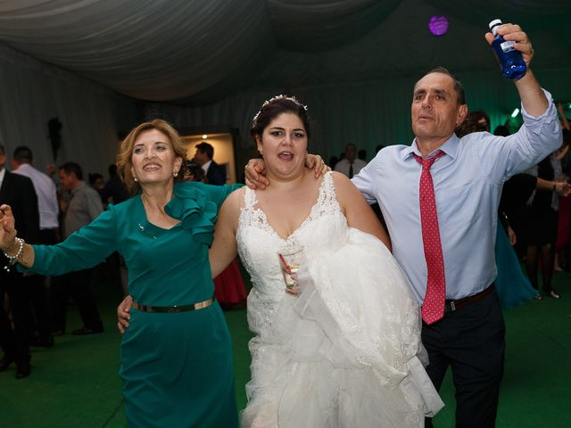 La boda de Angel y Victoria en Pajares De La Lampreana, Zamora 27