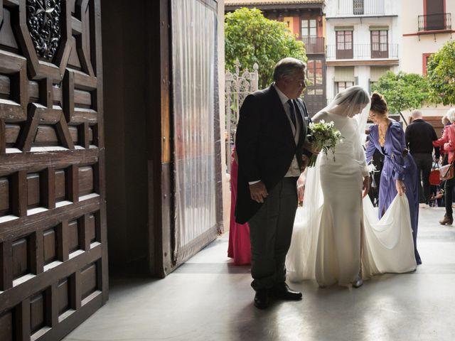 La boda de Luis y Ana en Sevilla, Sevilla 12