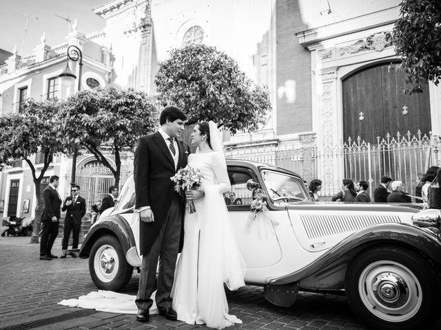 La boda de Luis y Ana en Sevilla, Sevilla 17