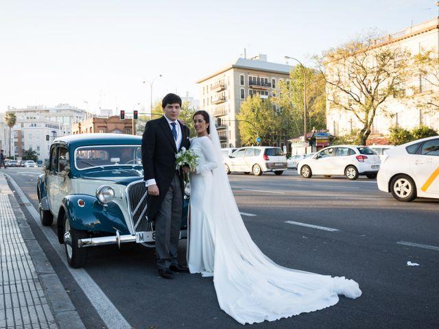 La boda de Luis y Ana en Sevilla, Sevilla 21