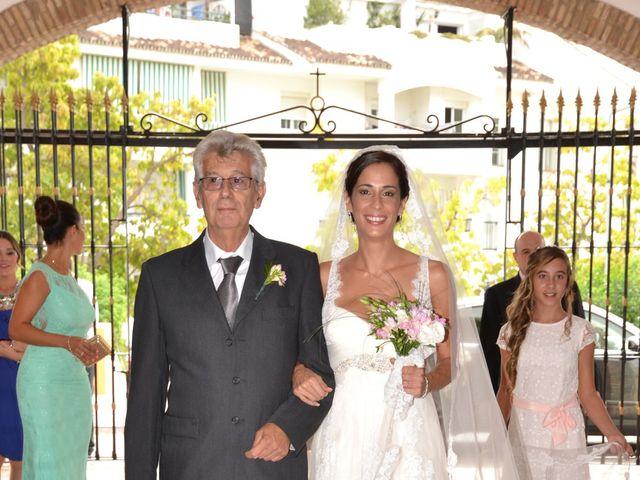 La boda de Alejandro y Amalia en Nueva Andalucia, Málaga 6